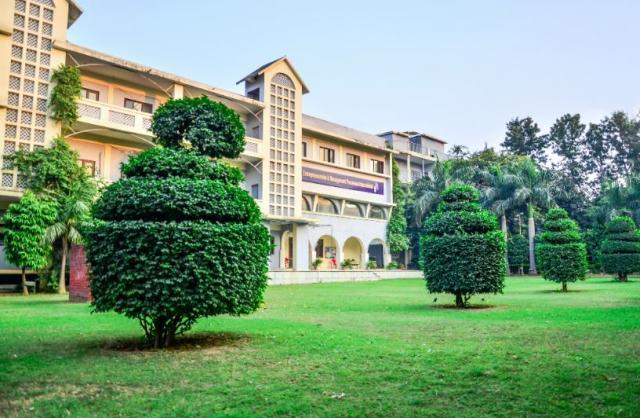 EMPI Business School